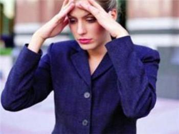 焦虑症发病时的异常表现是什么