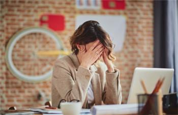 失眠吃安眠药终究治标不治本,做到这6点,轻松帮你改善